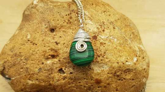 Teardrop Malachite pendant