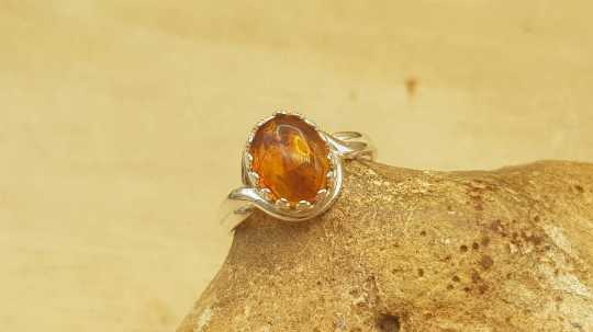 Adjustable Amber Ring 10x8mm