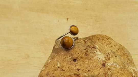Hypoallergenic Tigers eye ring