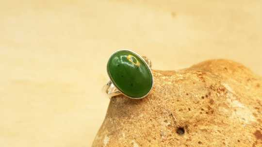 Oval Nephrite Jade ring 14mm